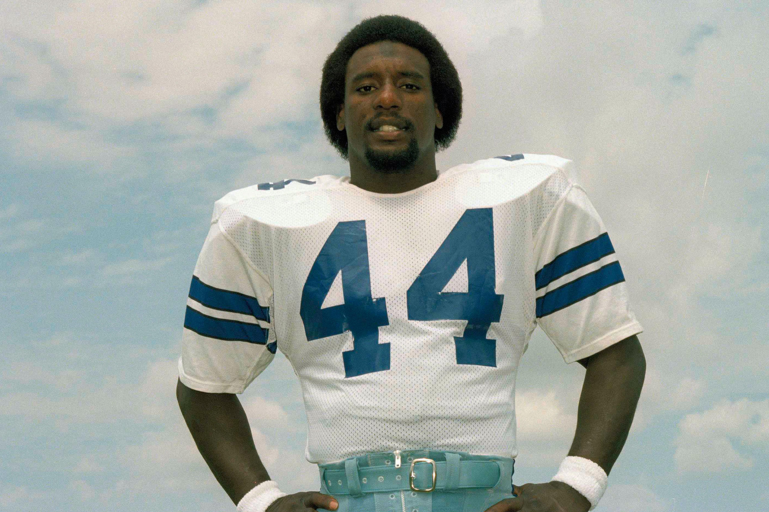 Cowboys blog the house of 44 robert newhouse for Www newhouse com