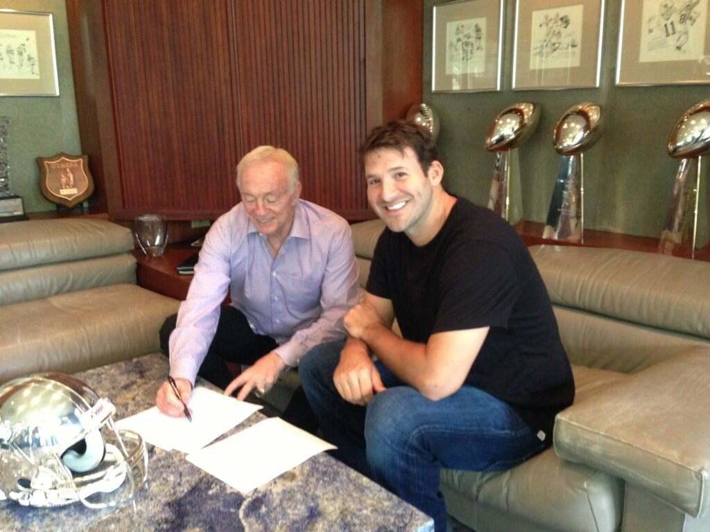Cowboys Blog - Huge Payday for the Franchise Quarterback 3