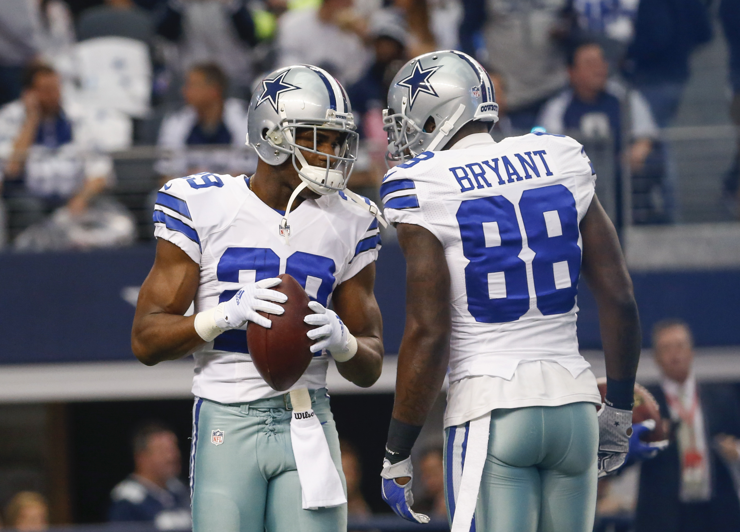 Cowboys Blog - DeMarco Murray Will Test Waters While Dez Gets Tagged