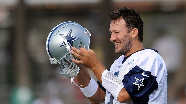 "News & Notes - Tony Romo's Wife Says ""People Don't Get to See His Funny Side..."""