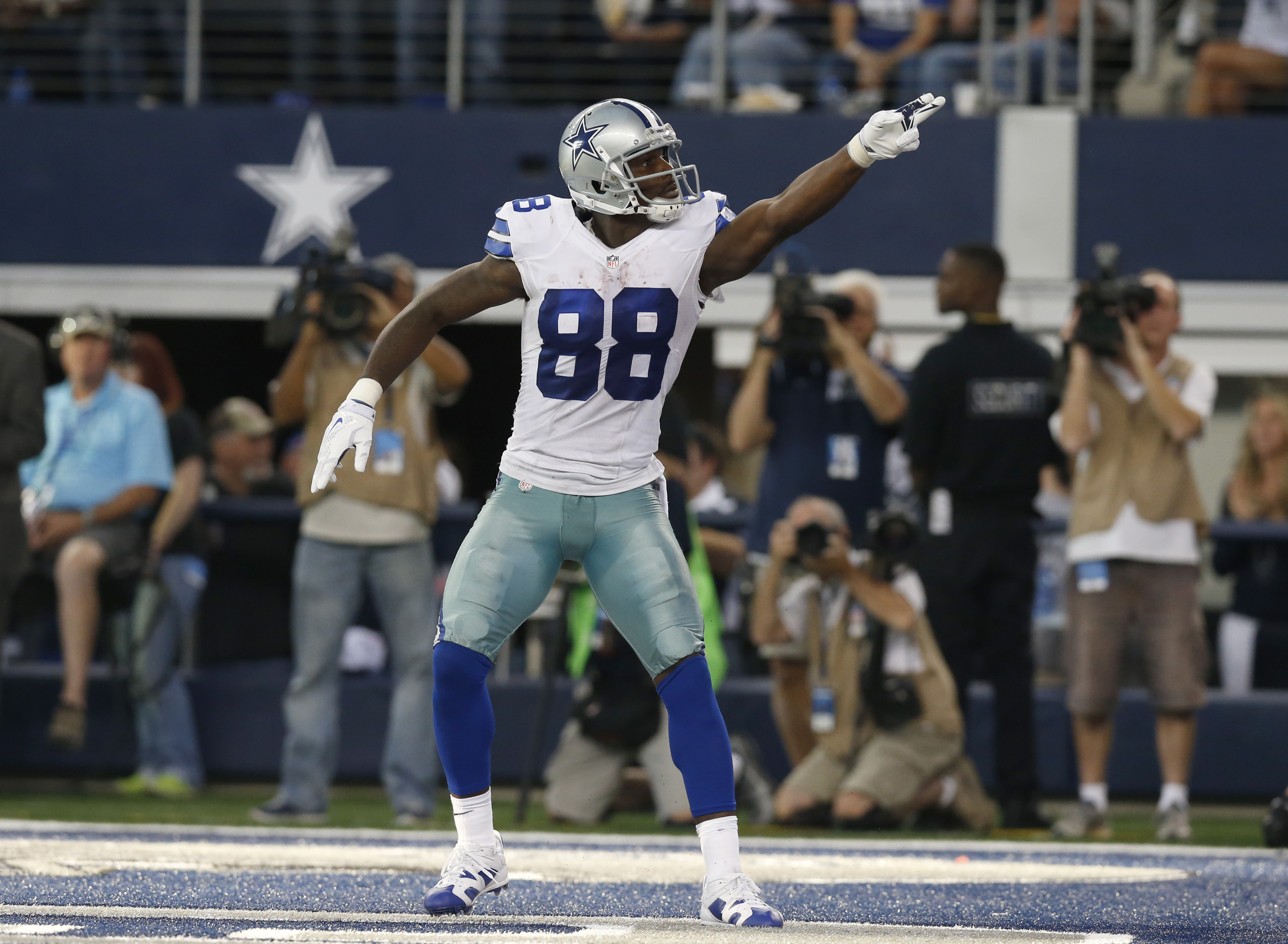 No Deal No Dez Bryant Tweets His Thoughts