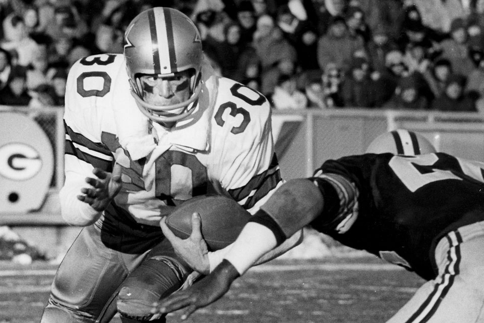 Cowboys Ctk Player Coach Dan Reeves Rushes To 30