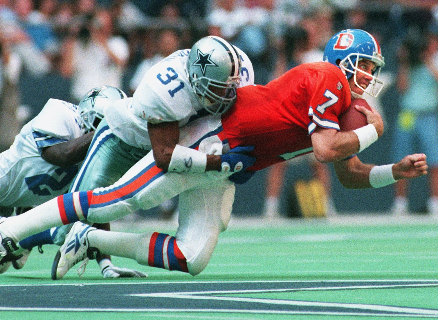 Cowboys Blog - This Week in 1995: Cowboys hold off Broncos in home opener