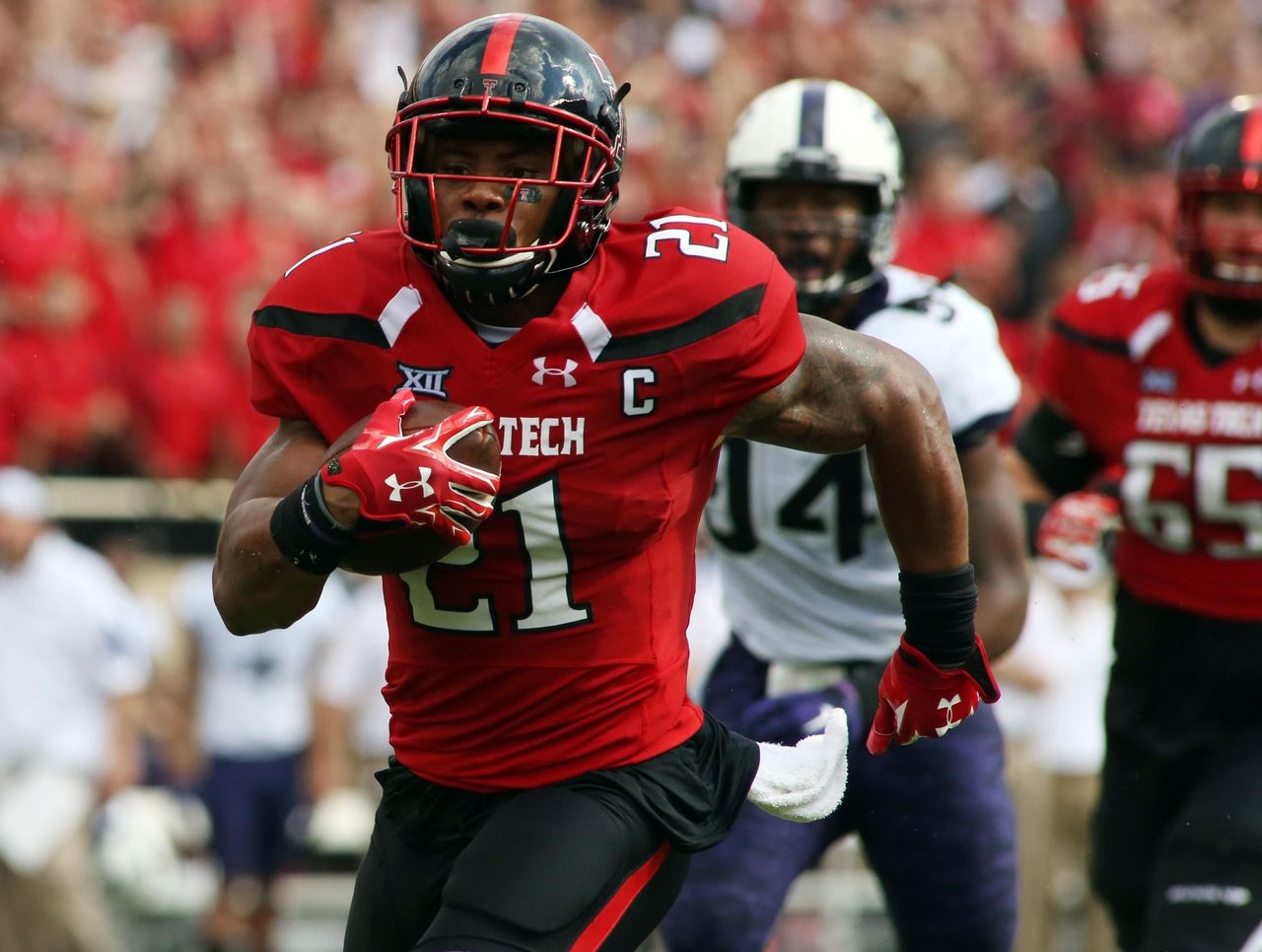 NFL Draft - Dallas Cowboys Draft: Is this RB the next Giovani Bernard? 2