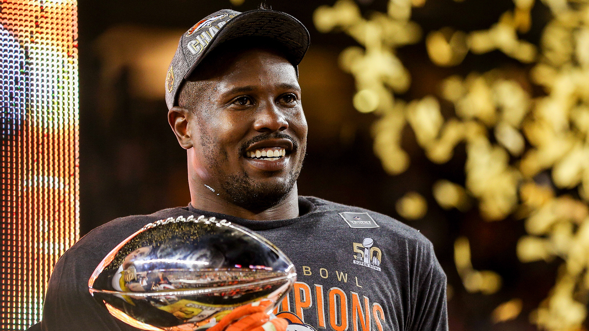 Cowboys-signing-von-miller-crazy-awesome-or-just-crazy-2