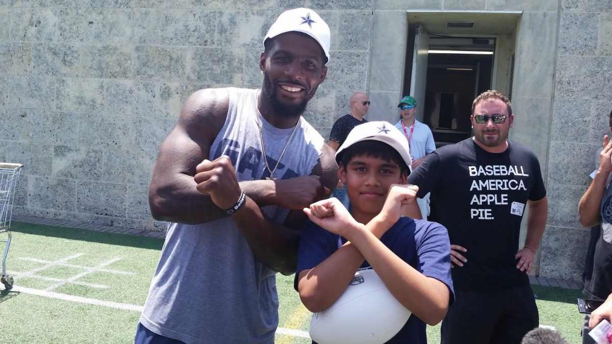 Cowboys Headlines - D-E-Z: Bryant Meets Spelling Bee Co-Champion Nihar Janga 1
