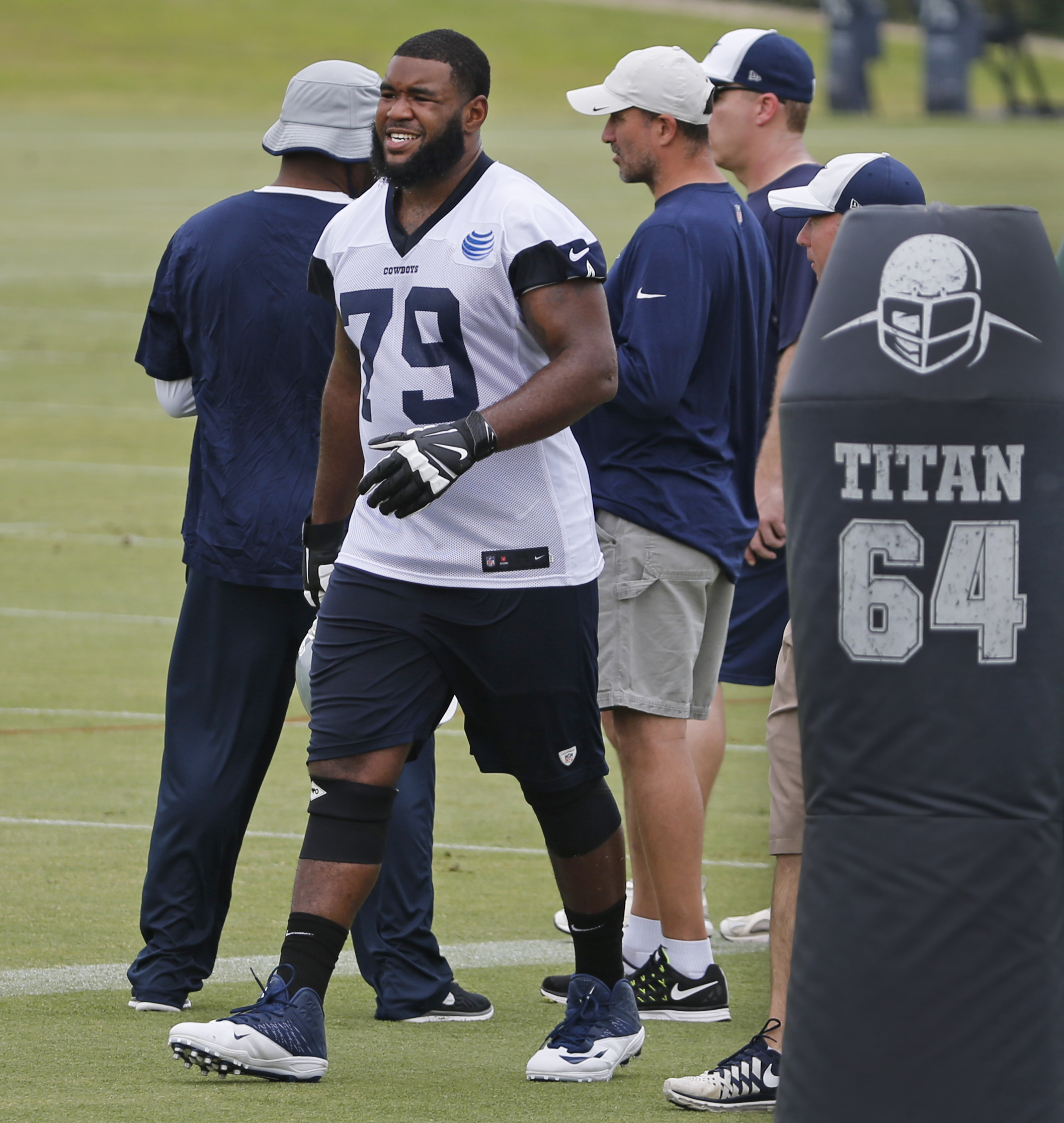 Cowboys Headlines - Where Does Chaz Green Fit in Offensive Line?