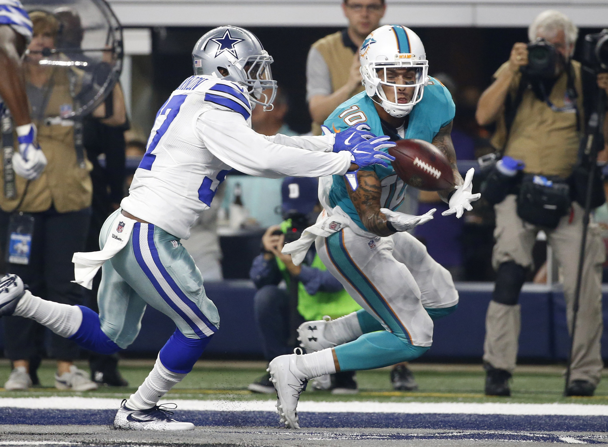 Cowboys-place-josh-thomas-on-ir-waive-two-more