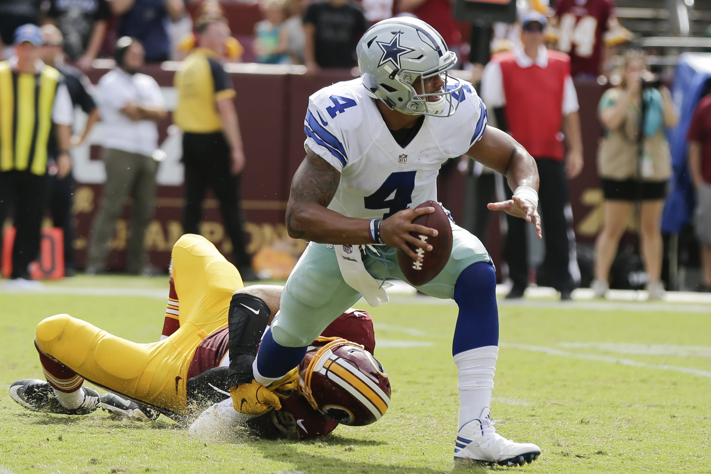 Cowboys-redskins-thanksgiving-game-is-nfls-most-expensive-week-12-ticket