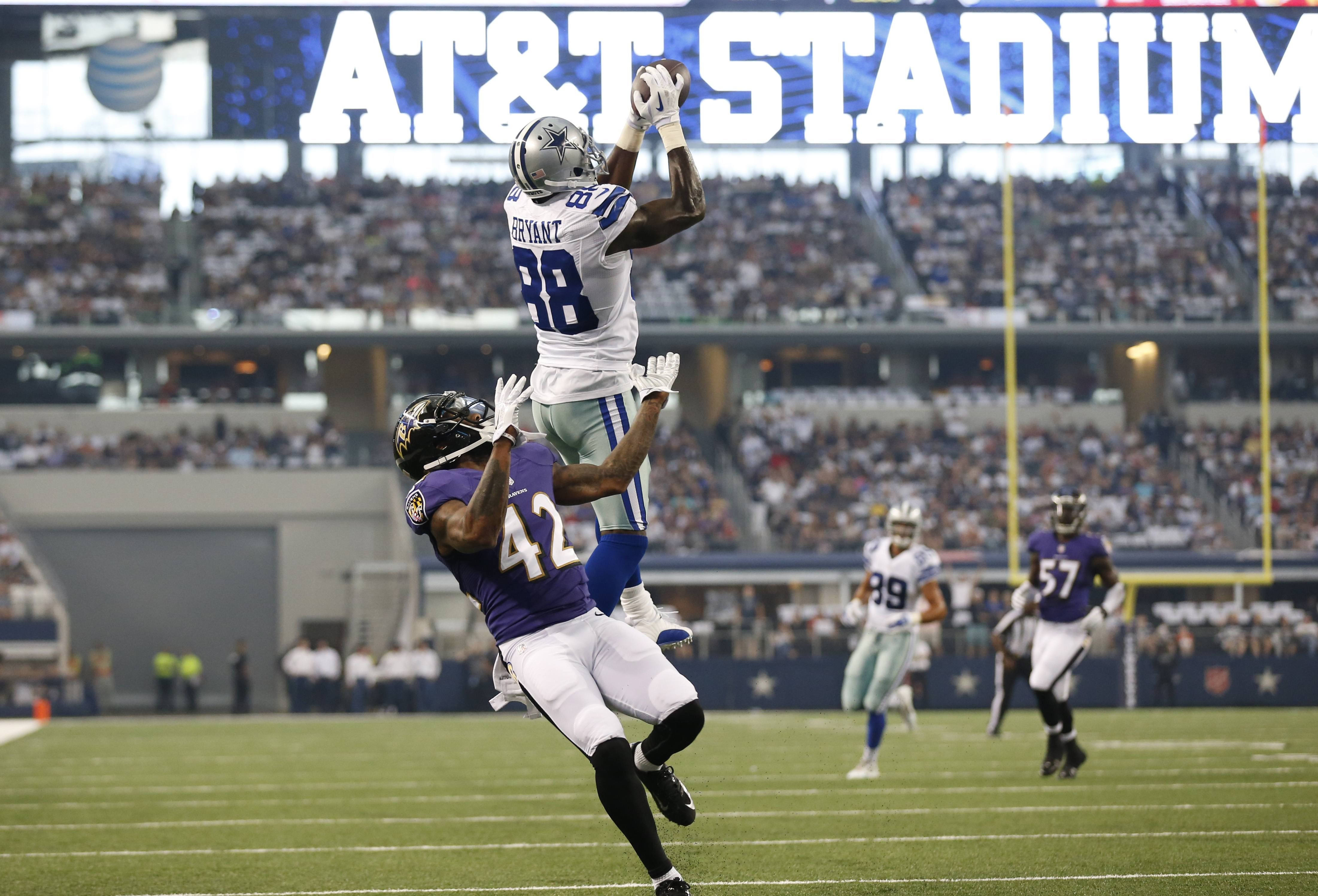 Dal 27 Bal 17 Cowboys Overcome Early Struggles To Beat