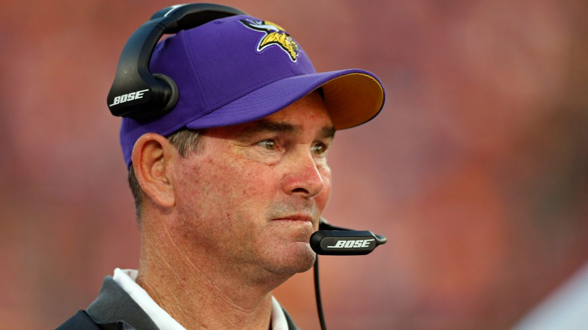 Cowboys Headlines - Vikings Coach Mike Zimmer To Have Emergency Eye Surgery, Uncertain For Cowboys Game