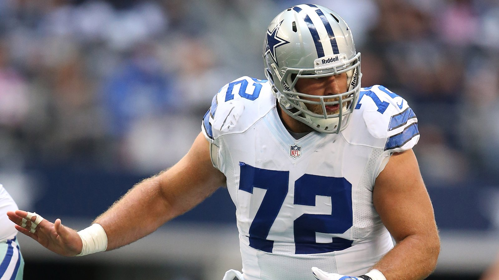 7a5b28a5fb6 Dallas Cowboys Player Profile  C  72 Travis Frederick