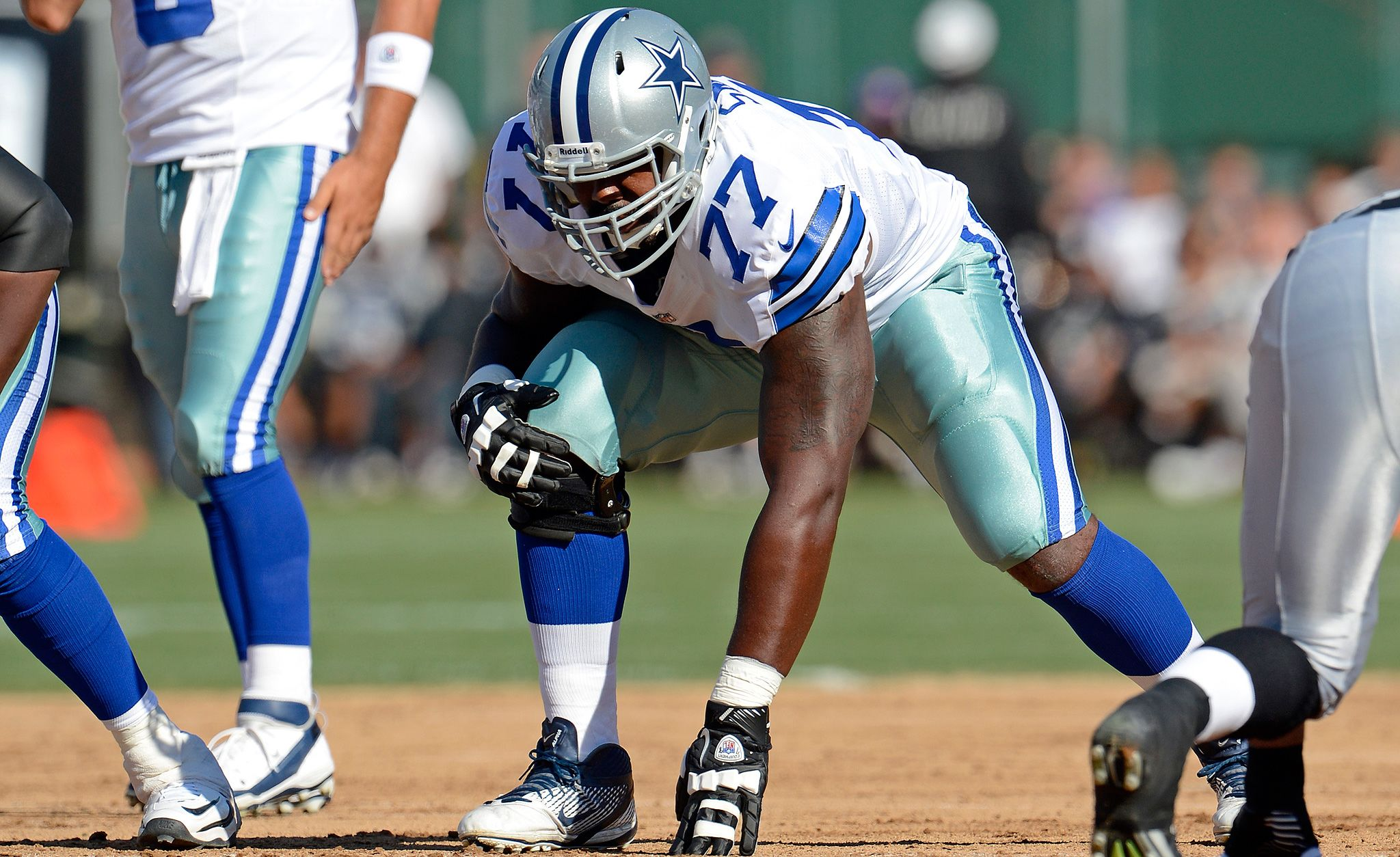 Dallas Cowboys Player Profile: T #77 Tyron Smith 1