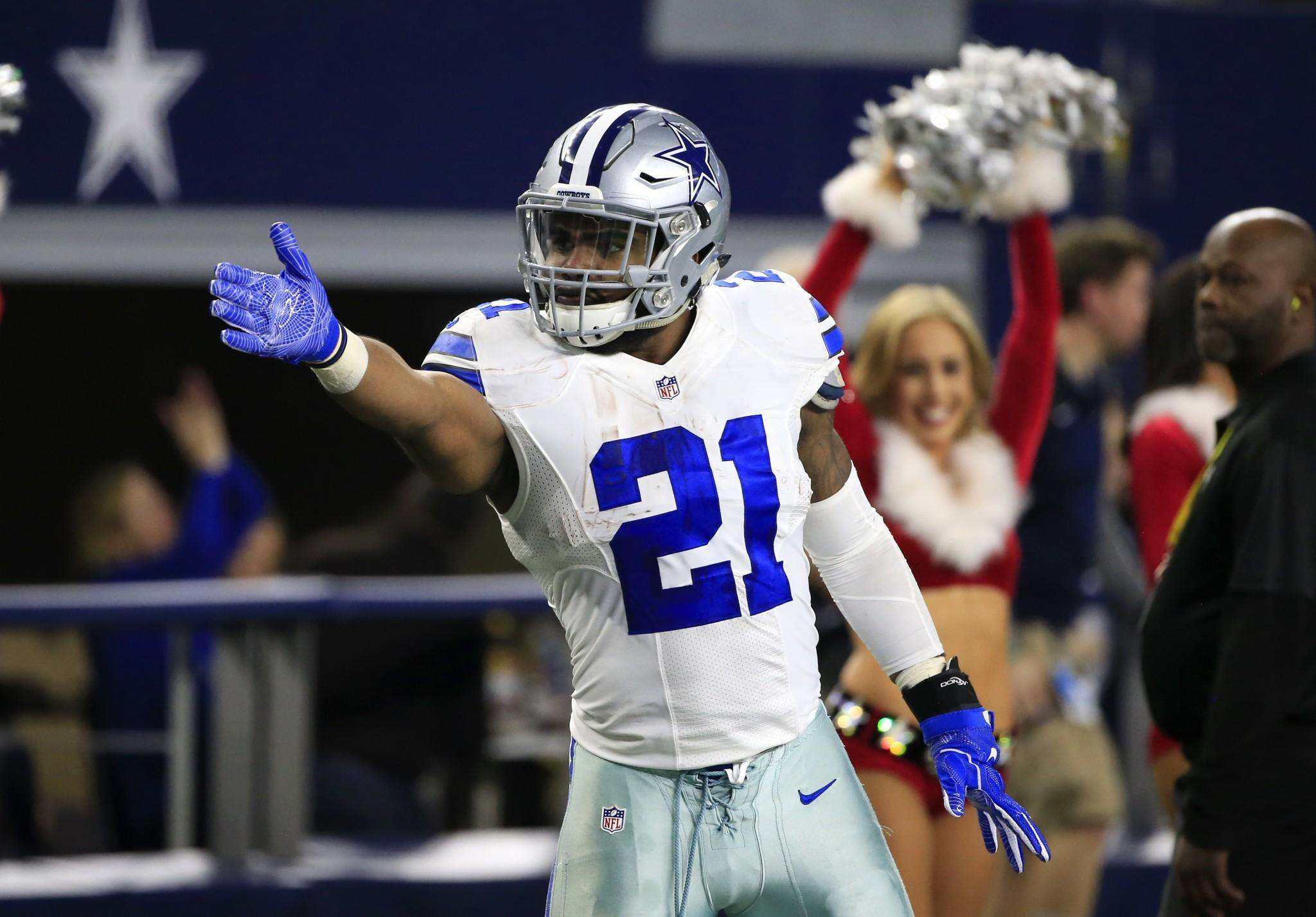 Dallas Cowboys RB Ezekiel Elliott may play all season