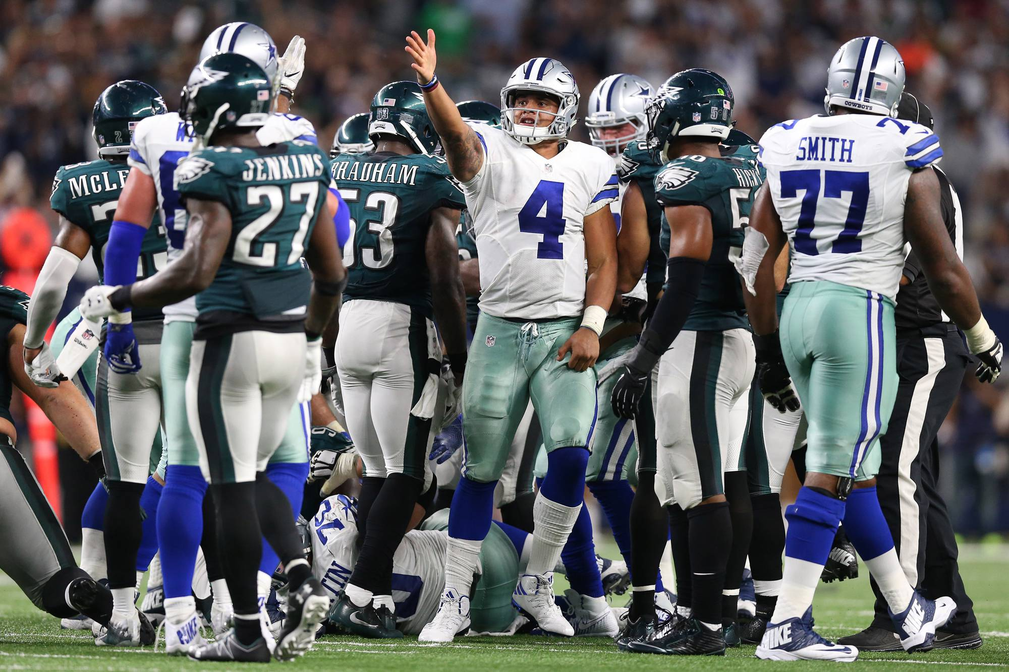 Cowboys Headlines - Eagles Player Views Dak Prescott And Ezekiel Elliott As Top 3 NFL Players