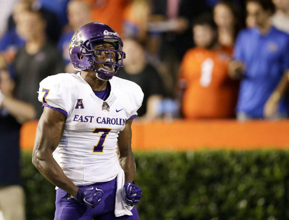 Dallas Cowboys 2017 NFL Draft Target: WR Zay Jones