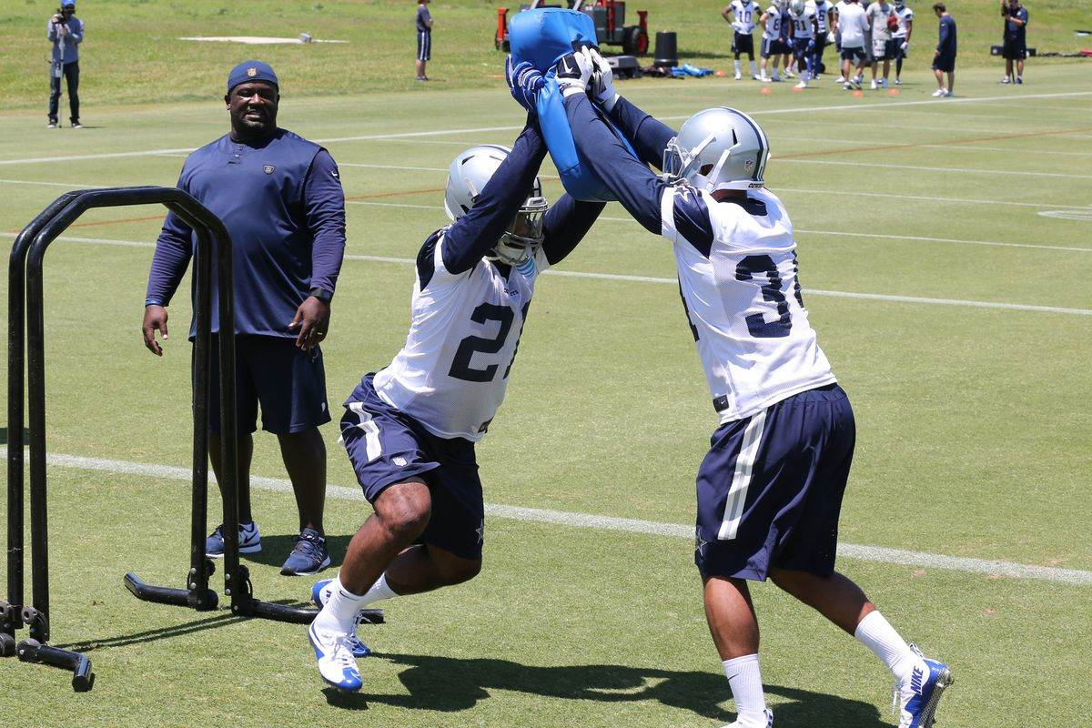 Re-Signing Darren McFadden Shouldn't Stop the Cowboys from Drafting a RB 1