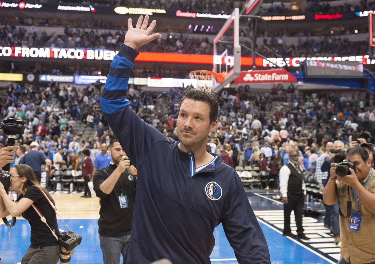 Tweet Break: Tony Romo Plays in Dallas One More Time with Mavericks 1