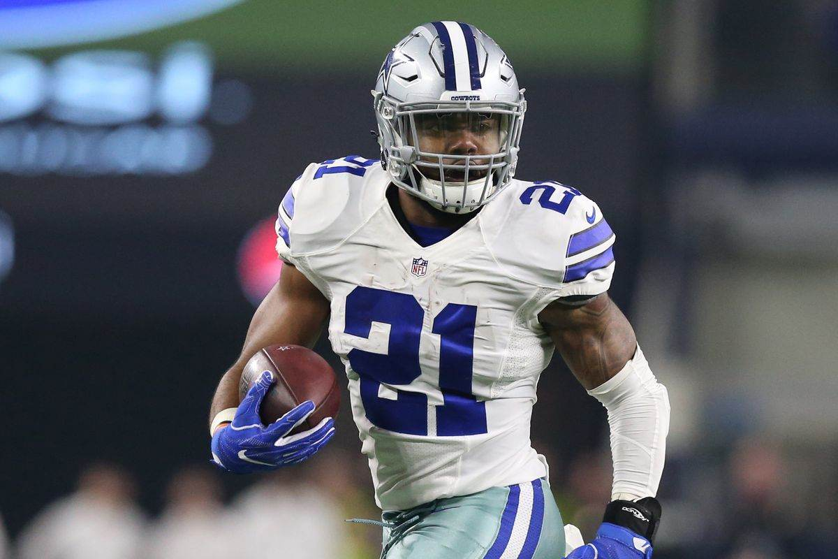 a56d28679c7 Ezekiel Elliott Could Have Record-Breaking 2018 Season ✭