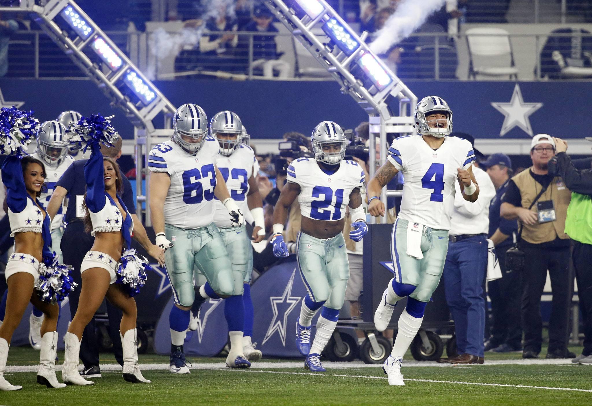 Cowboys 2017 Roster Math: Offense
