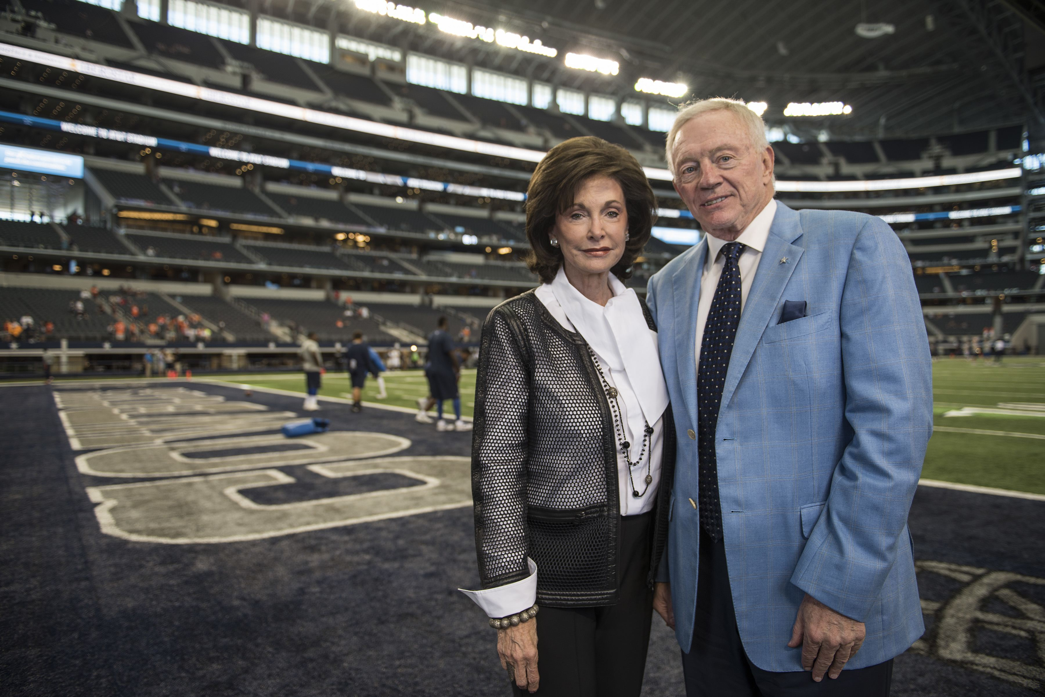 Gene Jones To Present Husband Jerry At Hall of Fame Induction 3