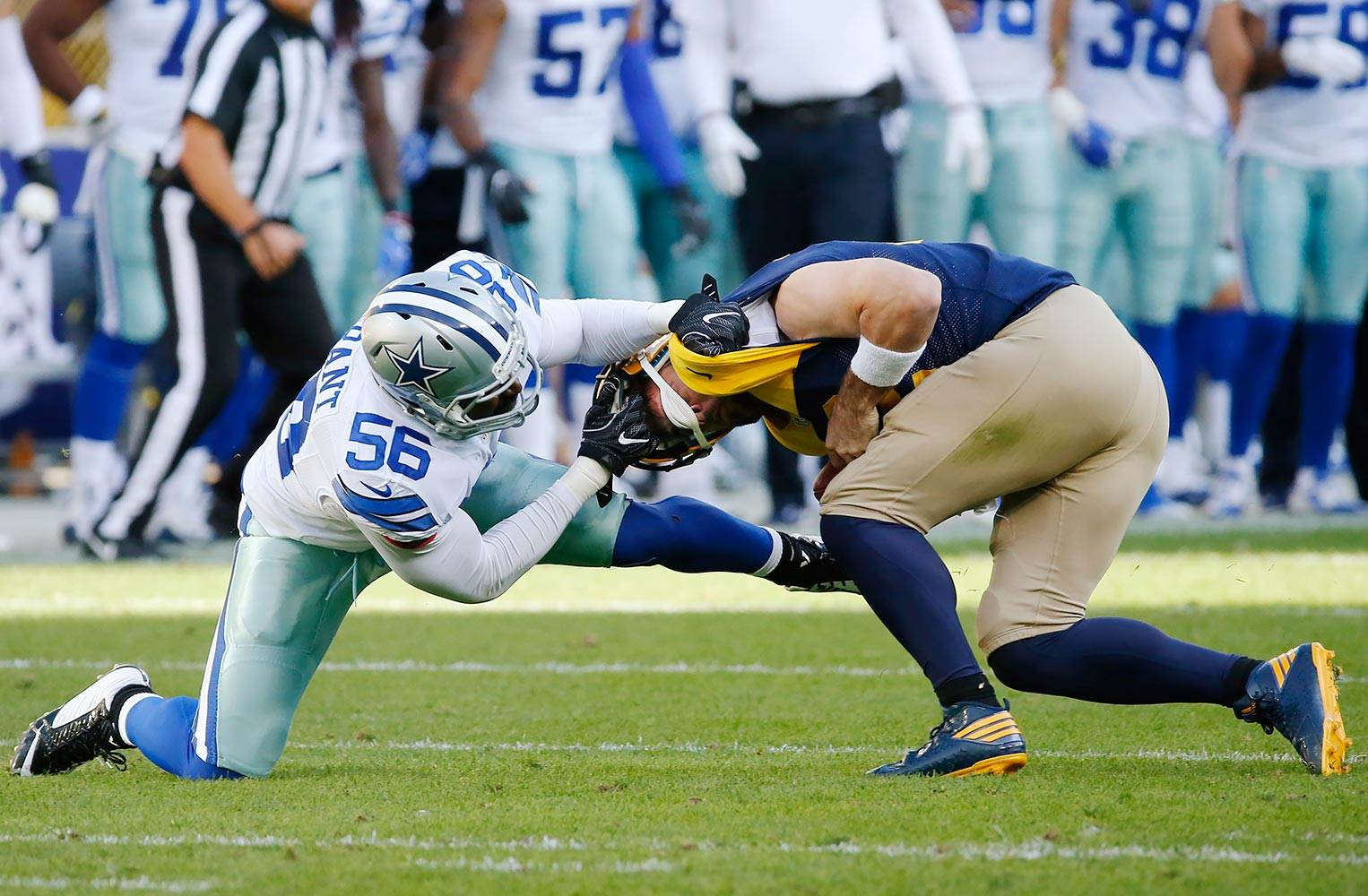 Dallas Cowboys Re-Sign LB Justin Durant 1