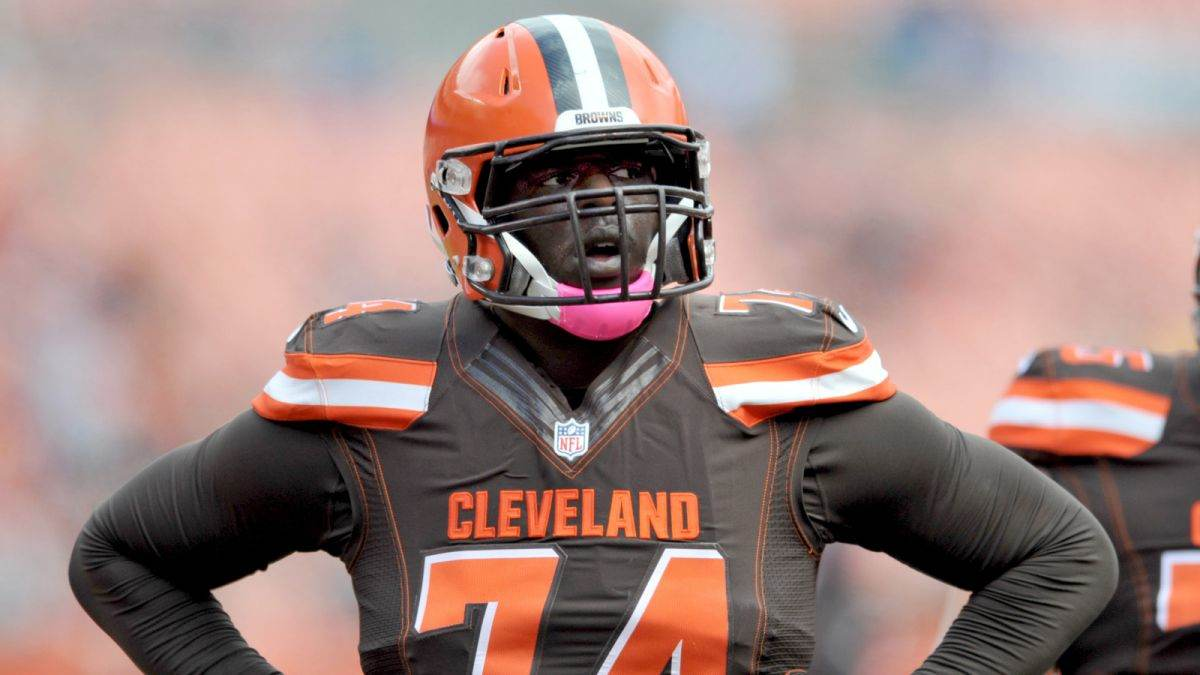 Should Cowboys Have Any Trade Interest In OL Cameron Erving?