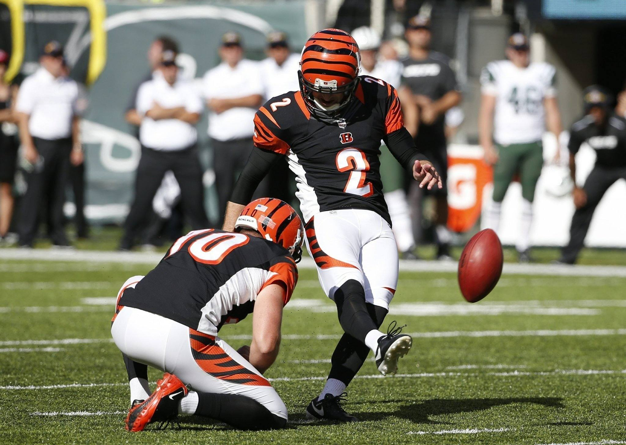 With Bailey Out, Cowboys Sign Kicker Mike Nugent