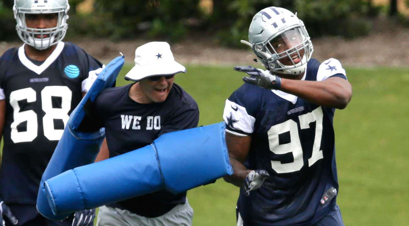 Have The Cowboys Misused Rookie Taco Charlton?