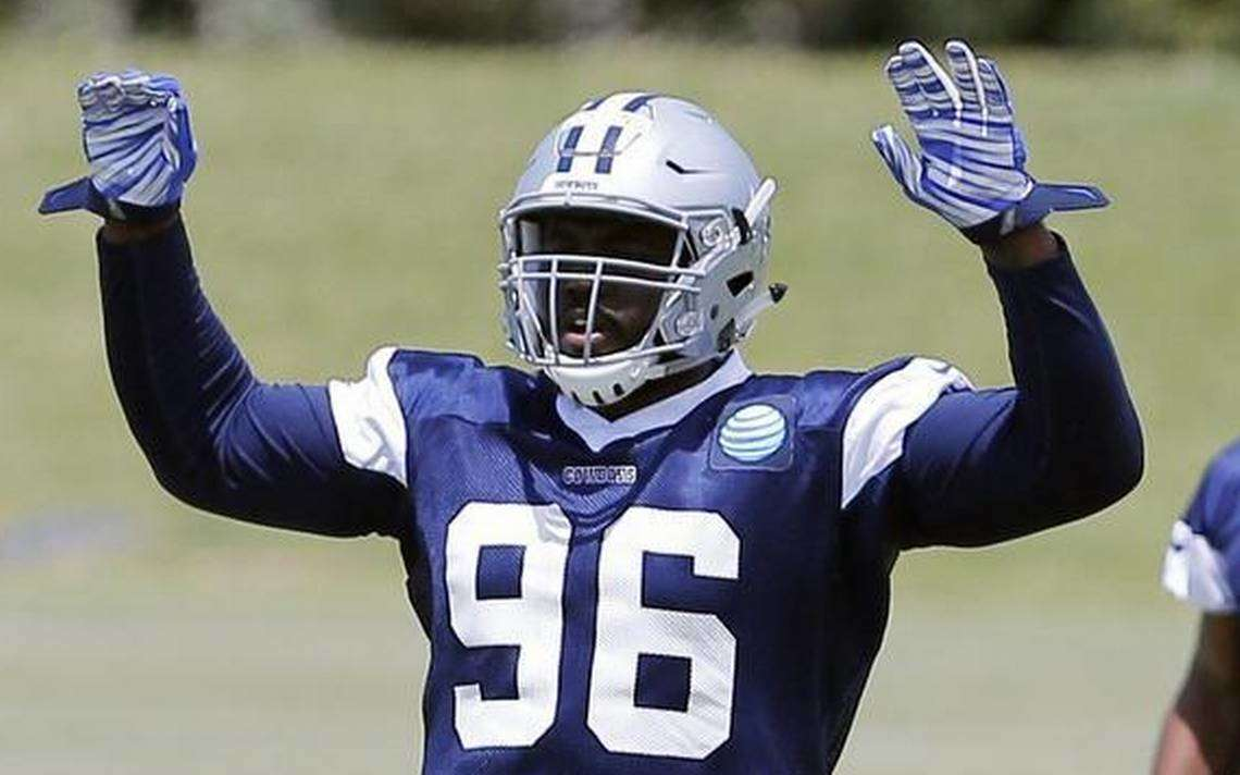 What Maliek Collins' Foot Injury Means for Dallas Cowboys Defensive Line 1