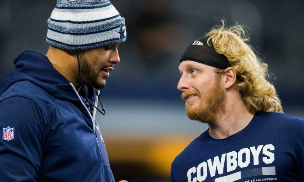 Dallas Cowboys Considering Extending Wr Cole Beasley S Contract