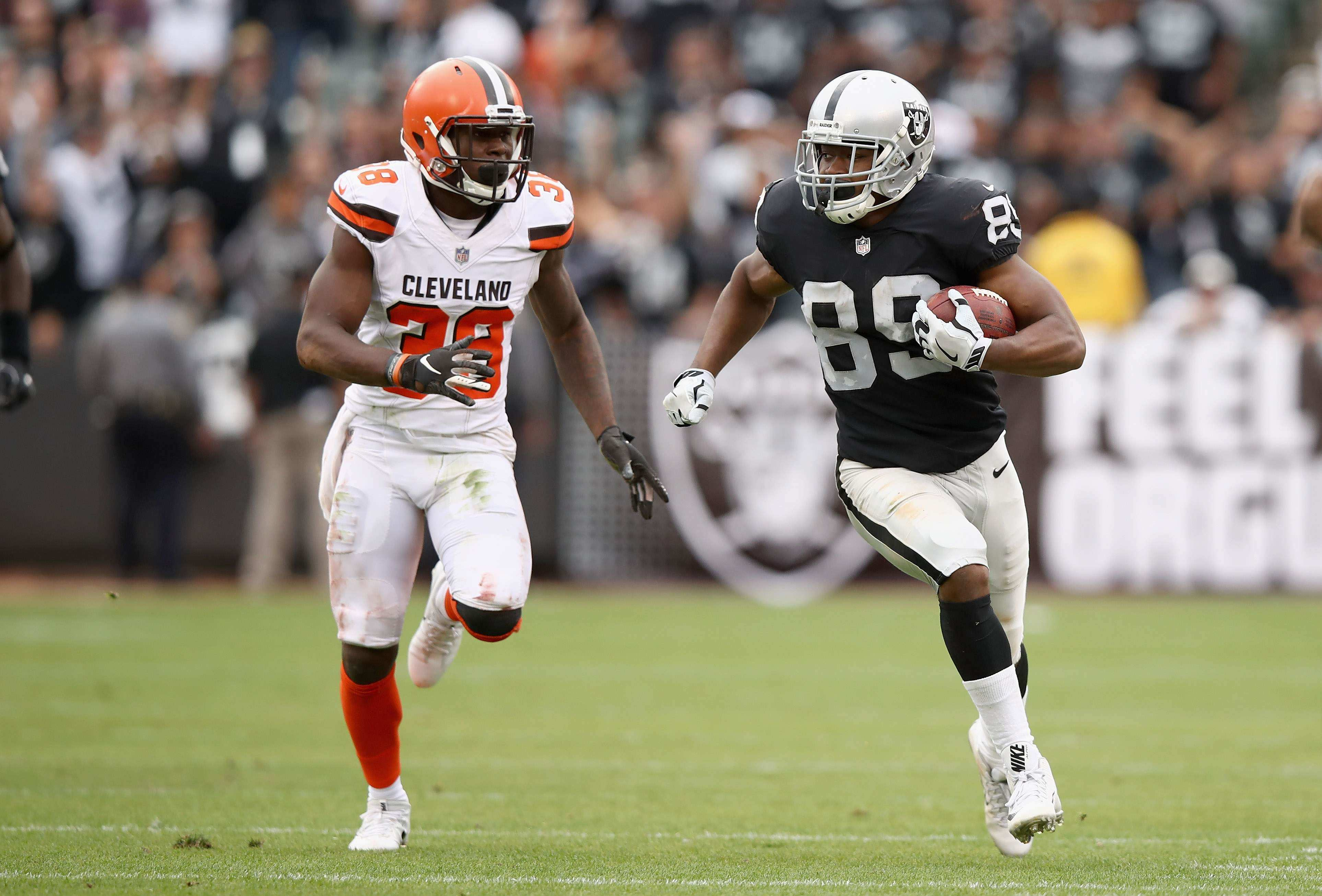 Oakland Raiders' Wide Receiver Amari Cooper On the Trade Block