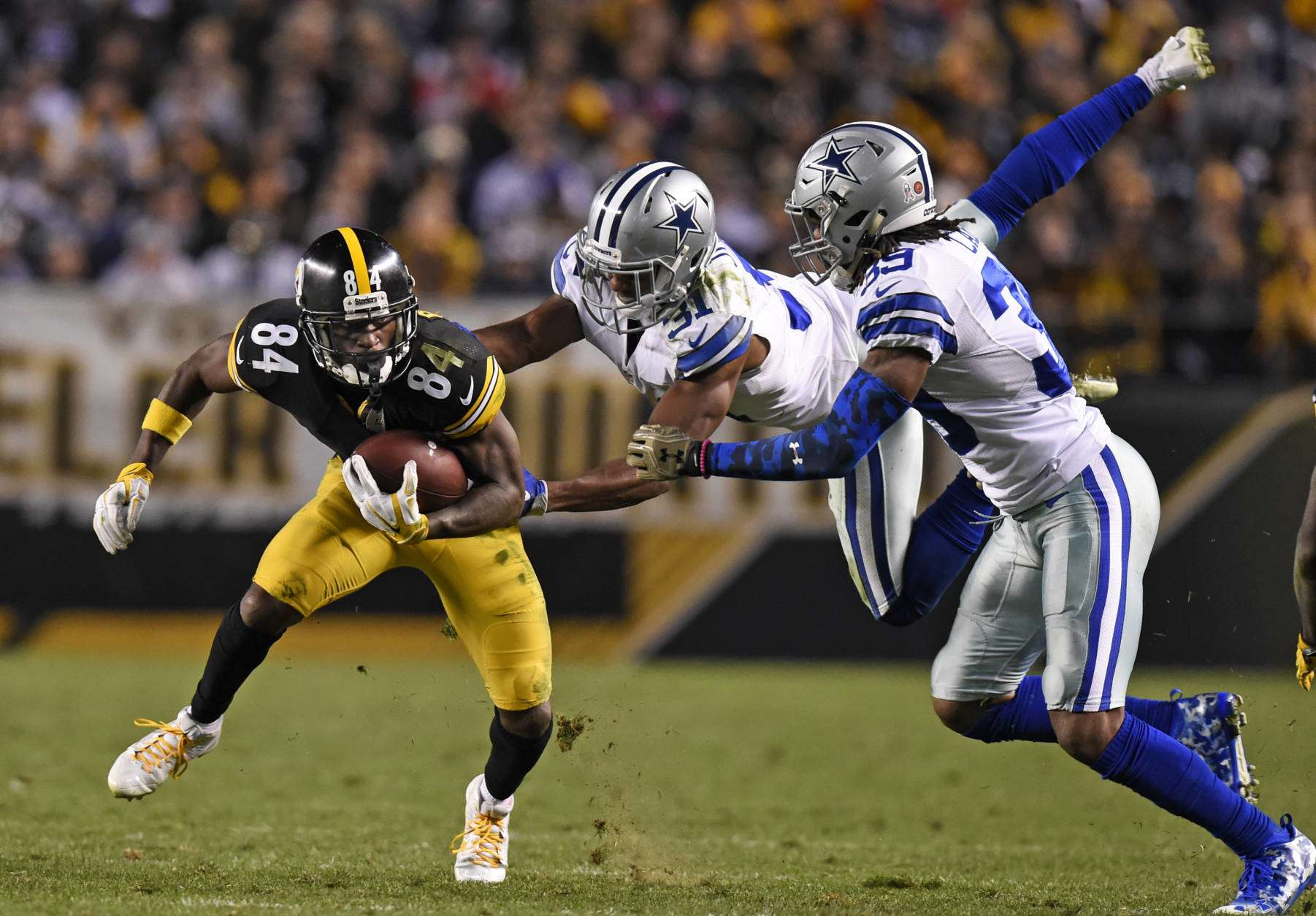 Could the Dallas Cowboys Possibly Add WR Antonio Brown?