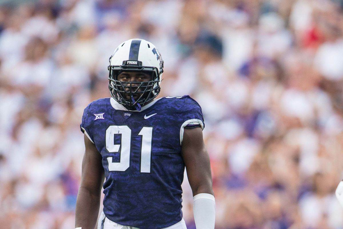 Potential DE Prospects Dallas Cowboys Could Target in Each Round 1
