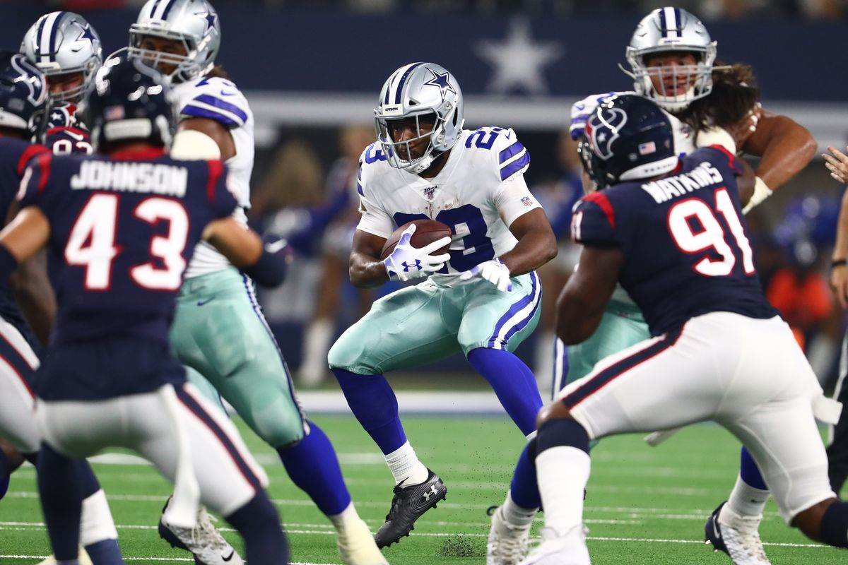 4 Cowboys Roster Questions Ahead of Cut-Down Day
