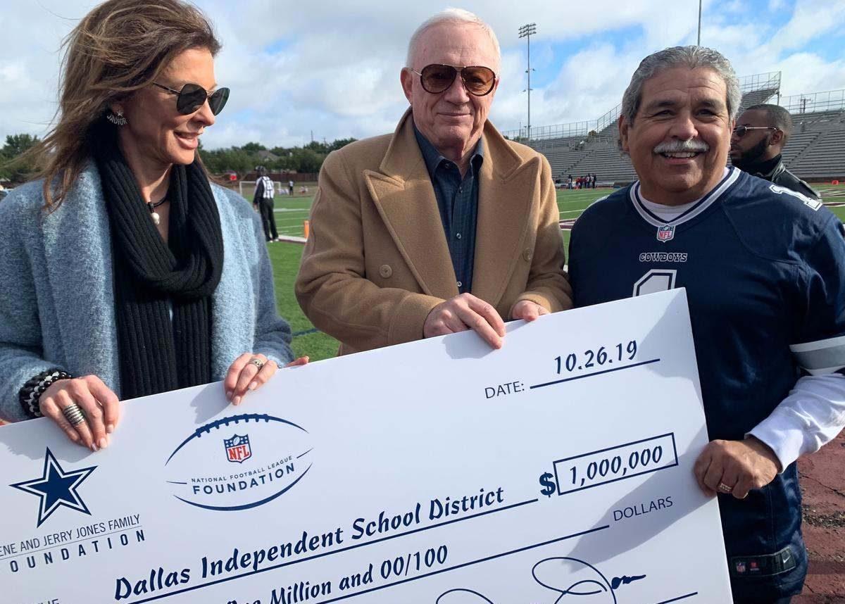 Jerry Jones Donates $1 Million to Dallas Schools for Tornado Recovery